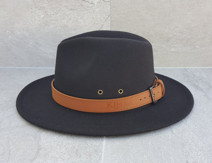 'REEF BREAK' Fedora - Black