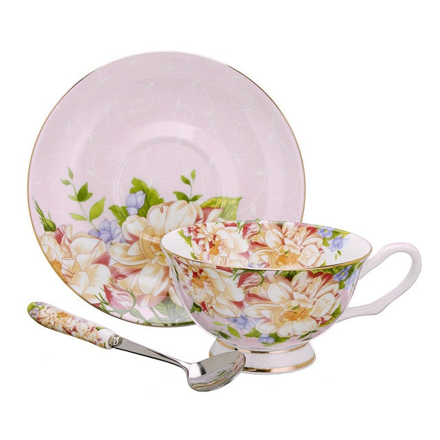 Gorgeous 3 Piece Teacup, Saucer & Spoon Set in Pink