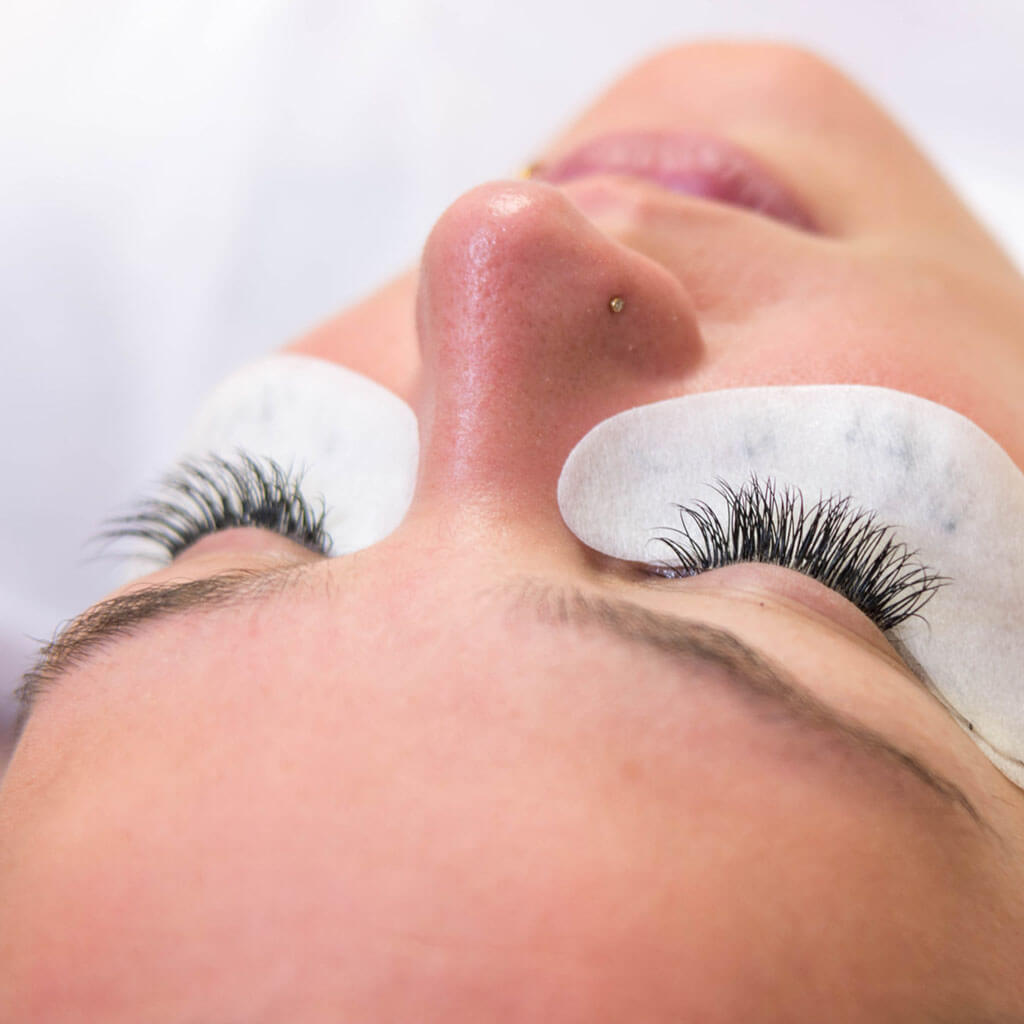 diamonds-kosmetik-wimpernverlaengerung-basis-schulung