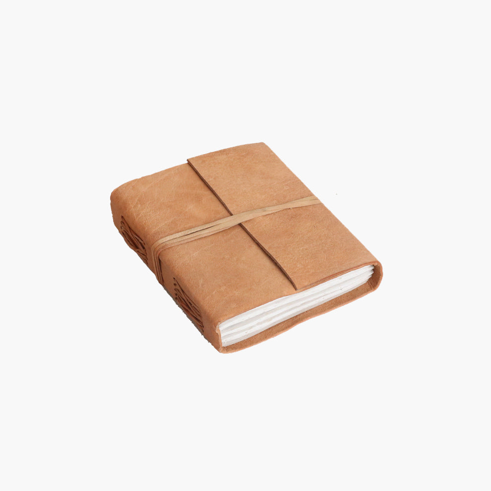 Nat. buffalo leather travelbook M