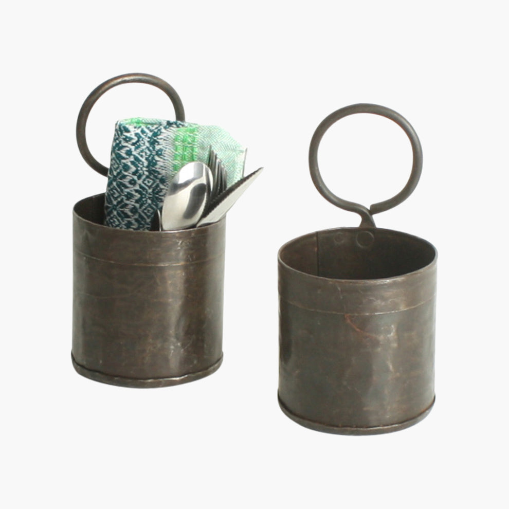Iron vegetable holder single