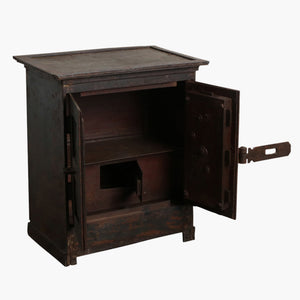 Iron safe box + moulding