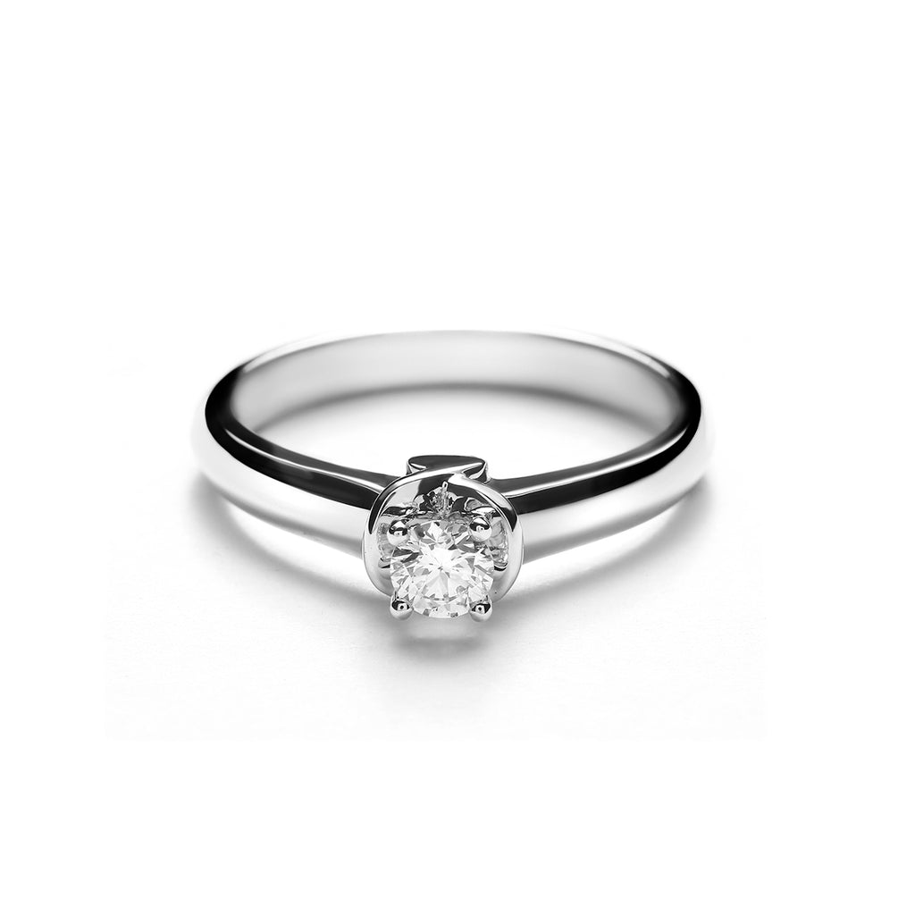 Margaret Small Platinum Diamond Ring (T2001290004)