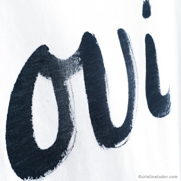 HAND-PAINTED T-shirt: 'Oui'
