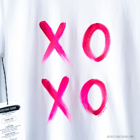 HAND-PAINTED T-shirt: 'XOXO'