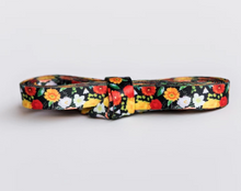 Load image into Gallery viewer, autum floral shoelaces