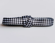 Load image into Gallery viewer, billie buffalo plaid shoelaces