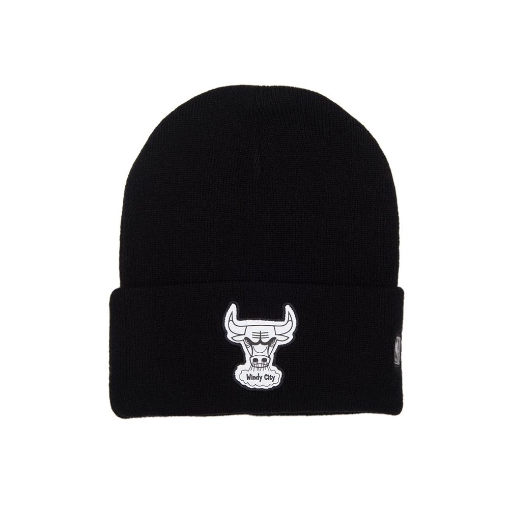 Mitchell & Ness - Chicago Bulls Reflective Team Logo Knit Cuff - Beanie - Black