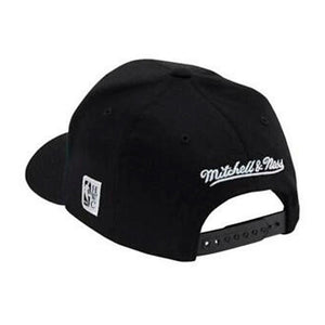 Mitchell & Ness - Philadelphia 76ers Outline - Snapback - Black