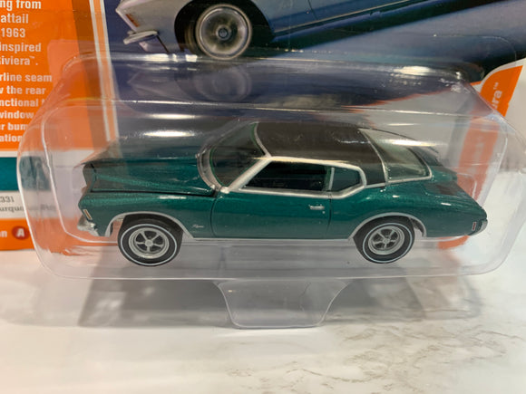 Johnny Lightning Limited Edition 1971 Buick Riviera Release 1