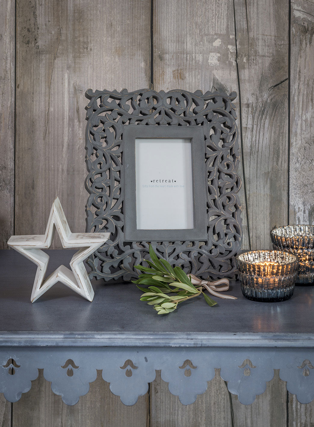 "Grey carved photo frame - 6""x4"" photo"