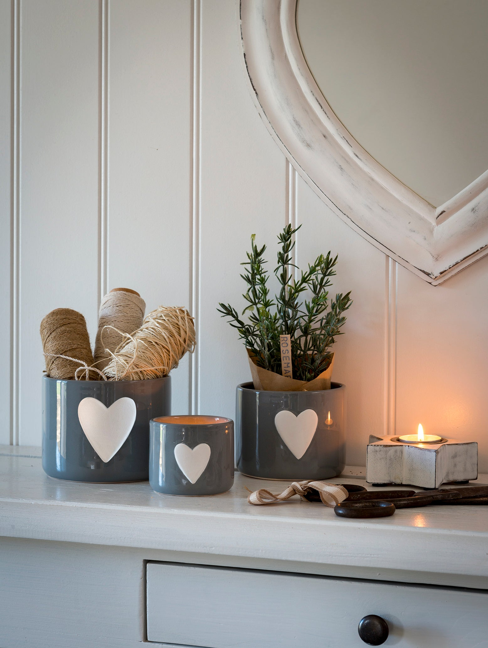 Set of 3 Grey Pots with White heart