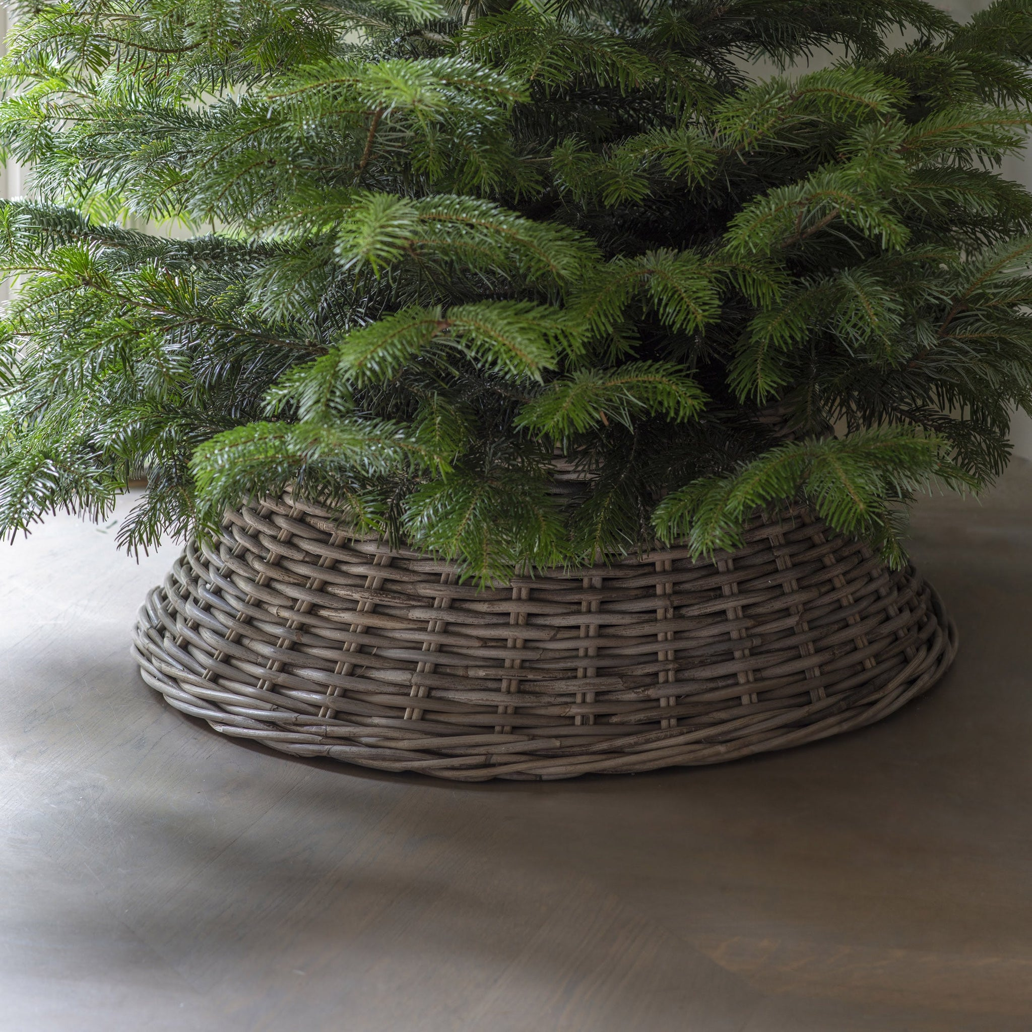Rattan Christmas Tree Skirt