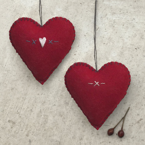 Red 'hearts and kisses' heart