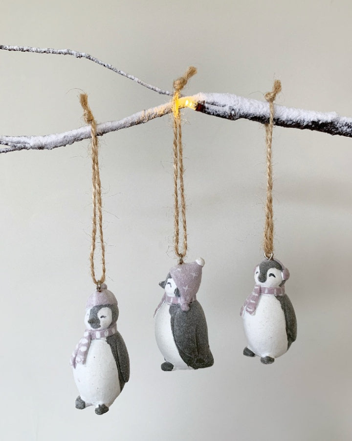 Small hanging penguin decoration