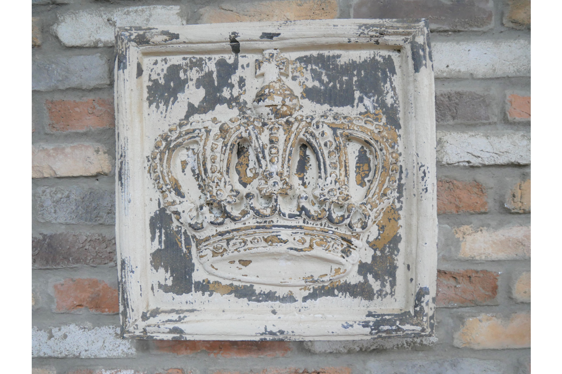 Wooden Crown Wall Art