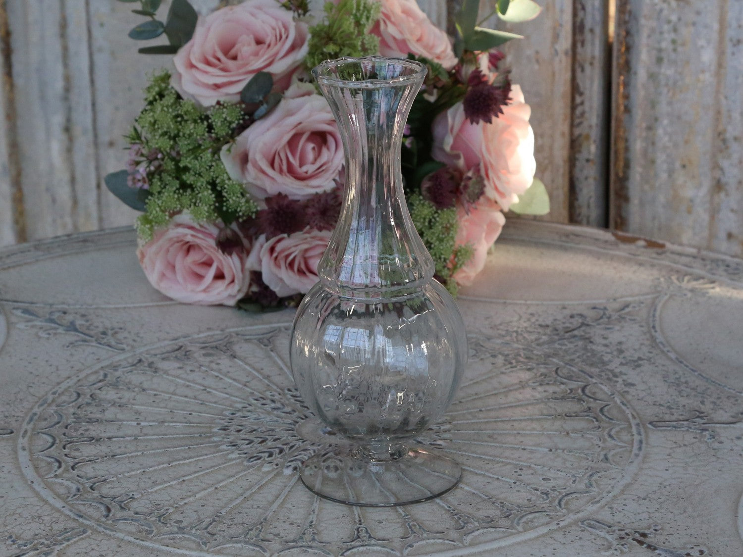 French lily vase with groove