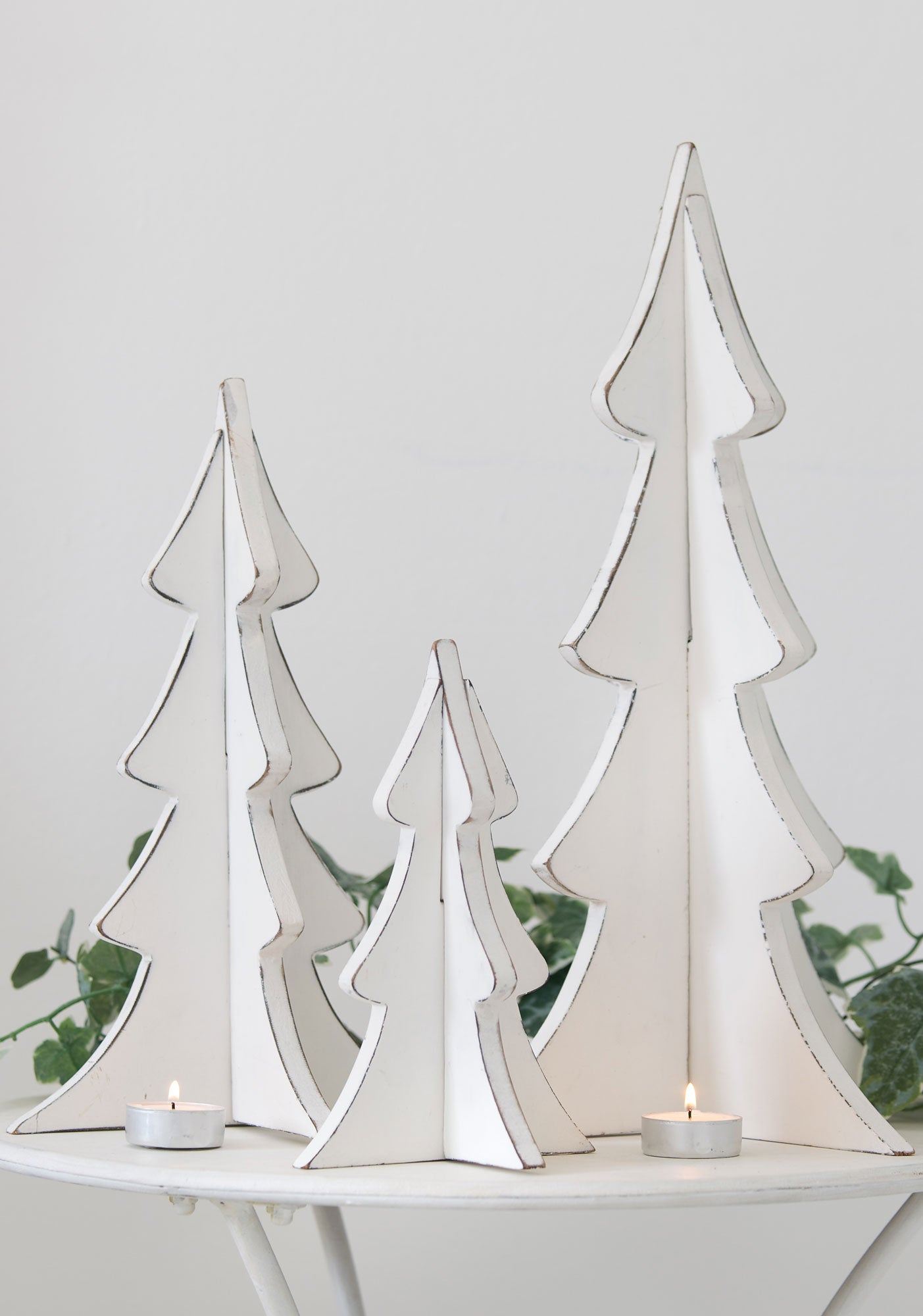 Set of 3 Standing White Wooden Trees