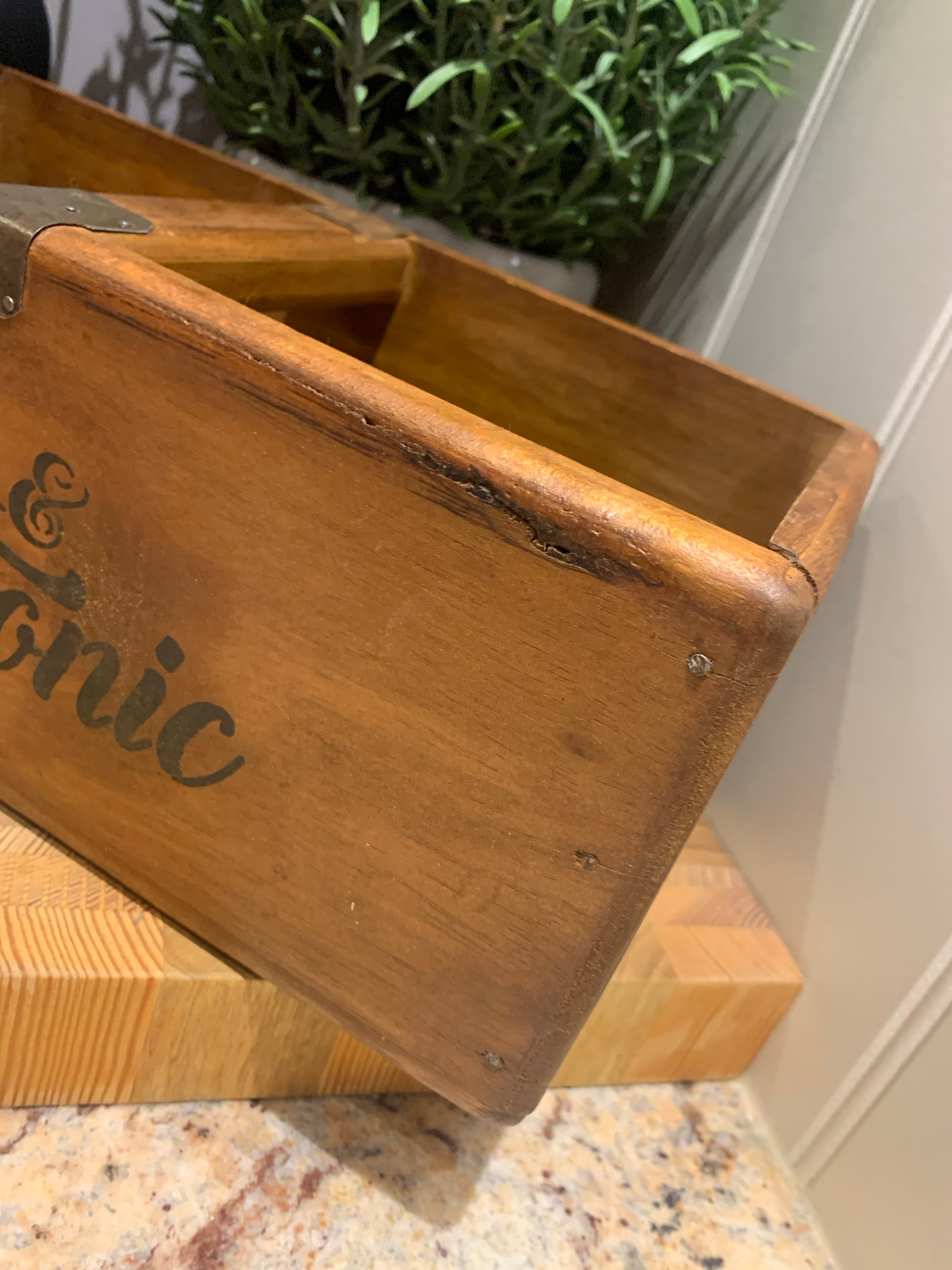 Wooden Gin & Tonic Box
