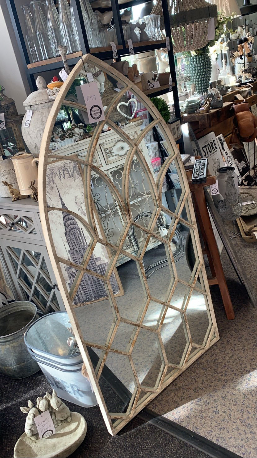 Rustic arch lattice mirror