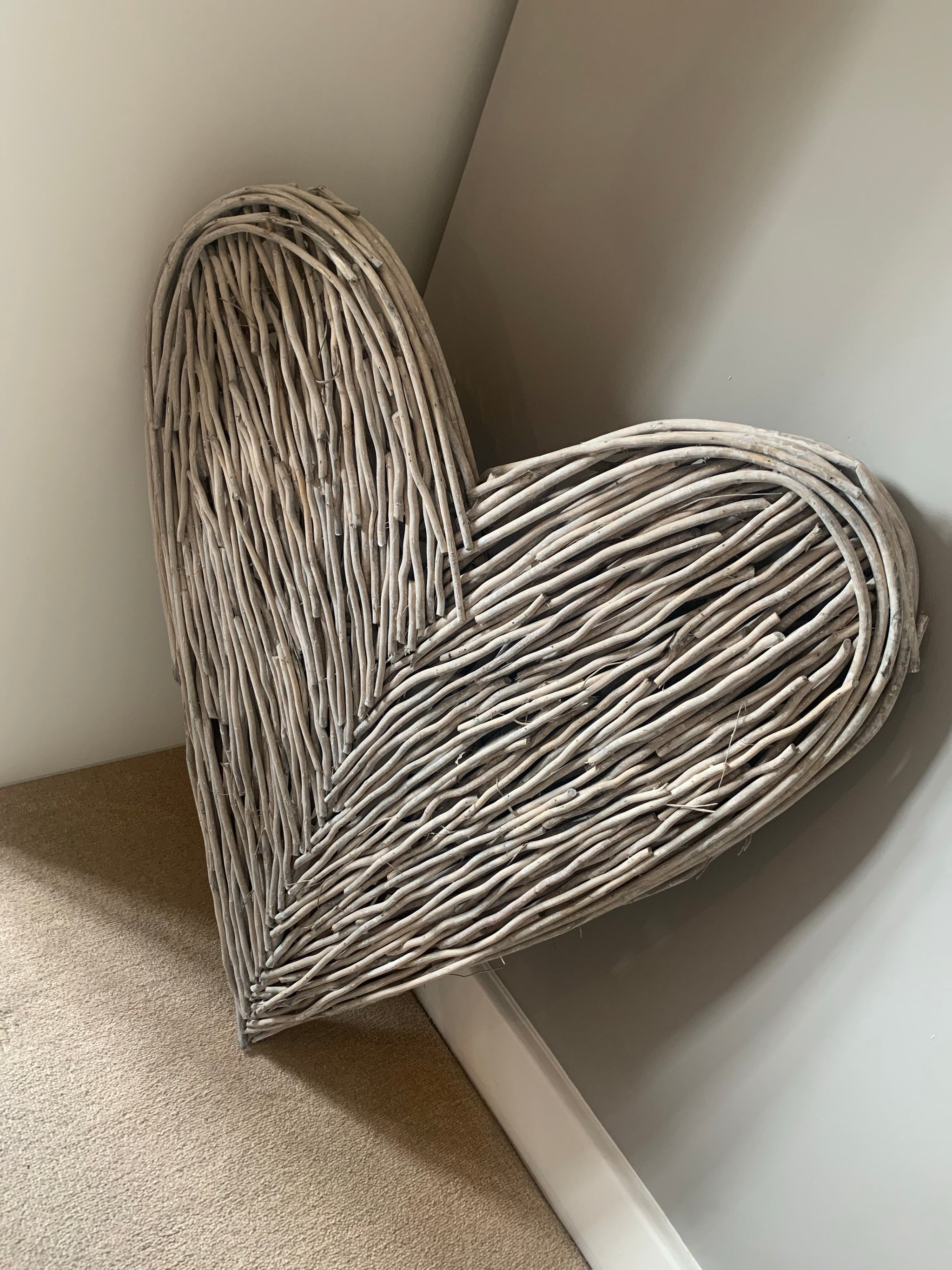 Extra Large Wicker Wall Heart *NOVEMBER  DELIVERY*