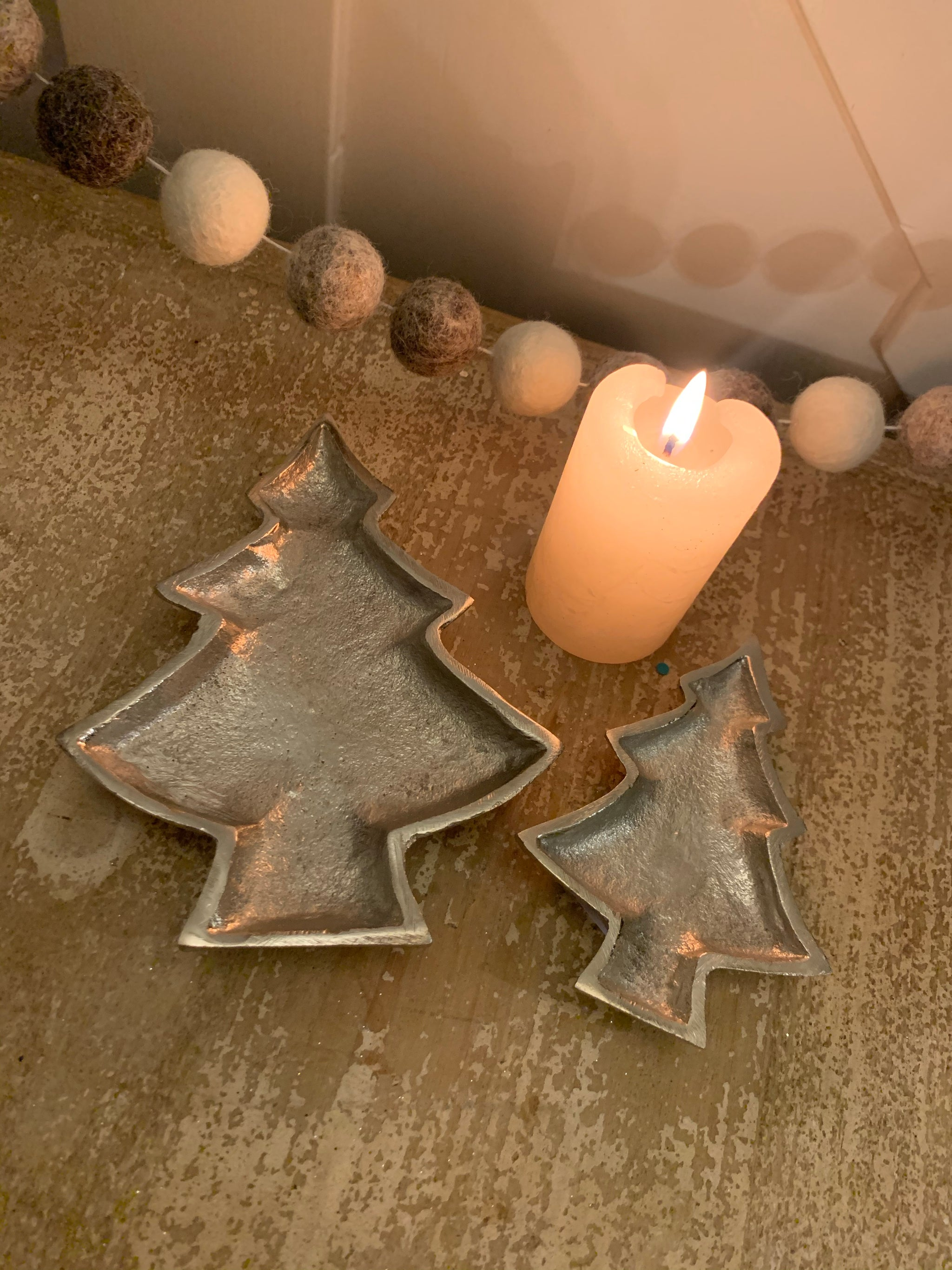 Silver Tree shaped plate - 2 sizes