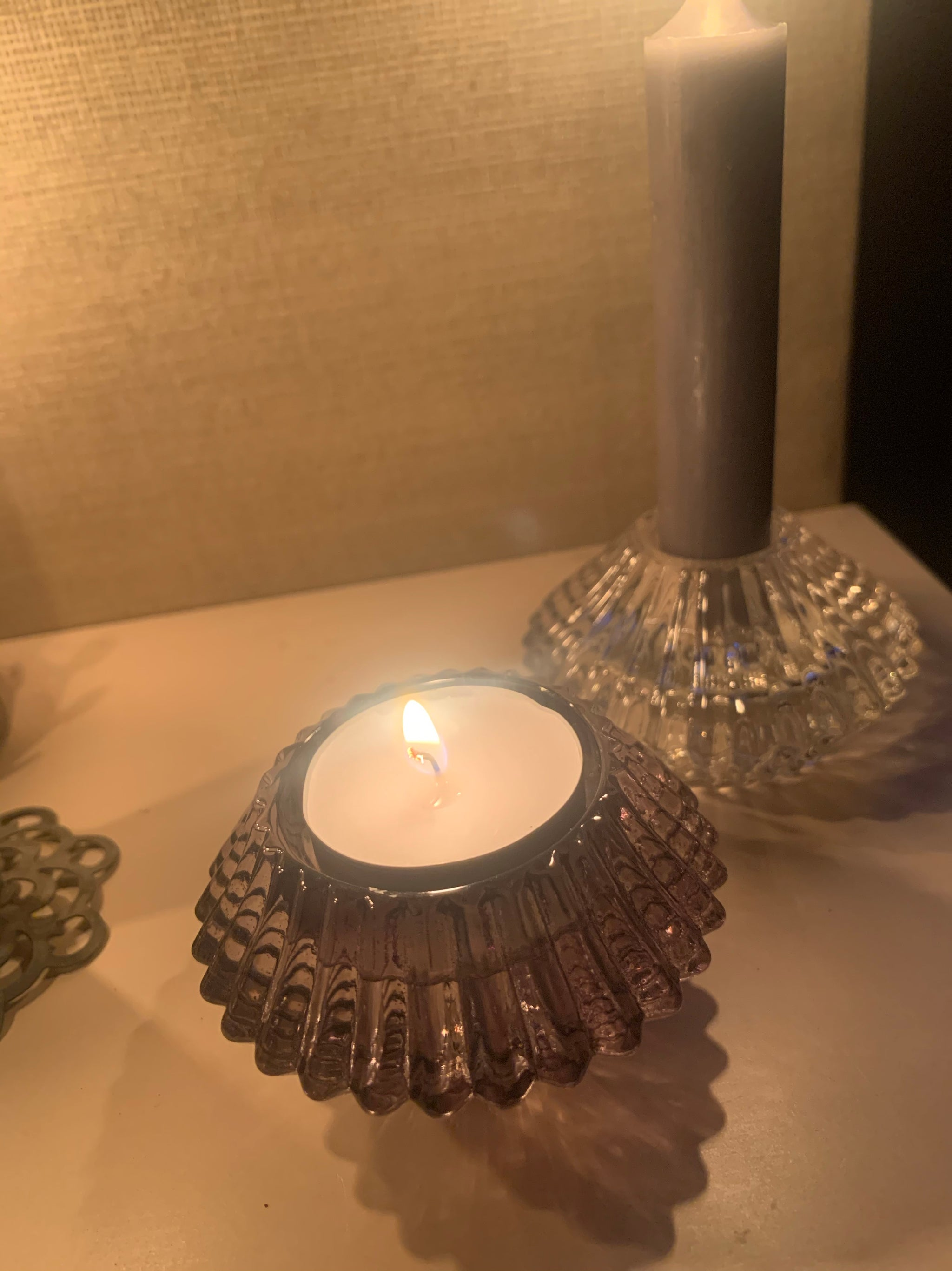 Reversible candle holder - 2 colours