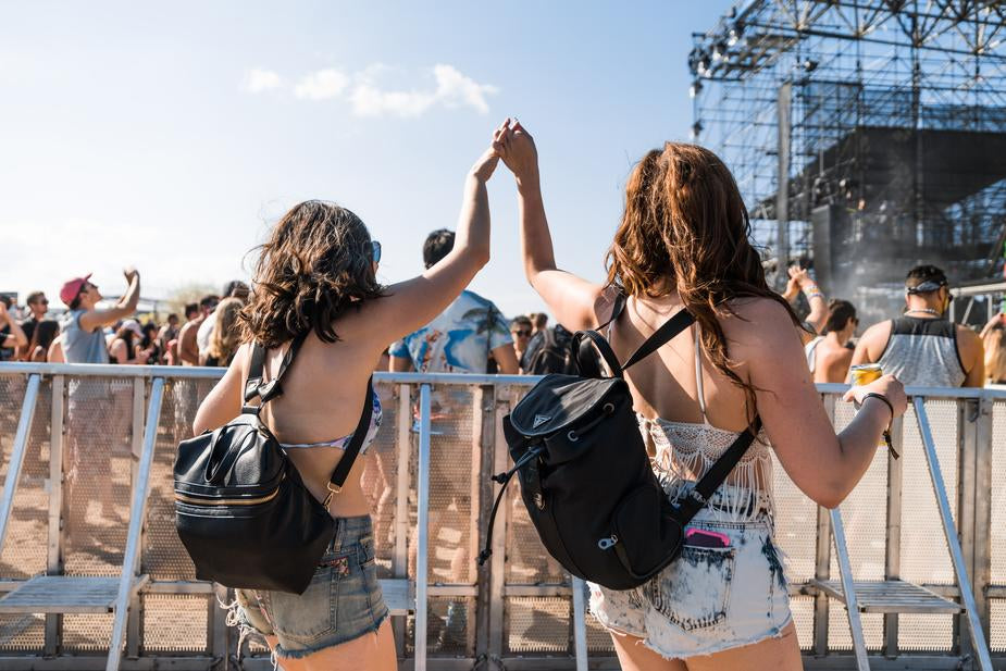 3 Essential Things to Bring to a Music Festivals: 2019 A Beginners Guide