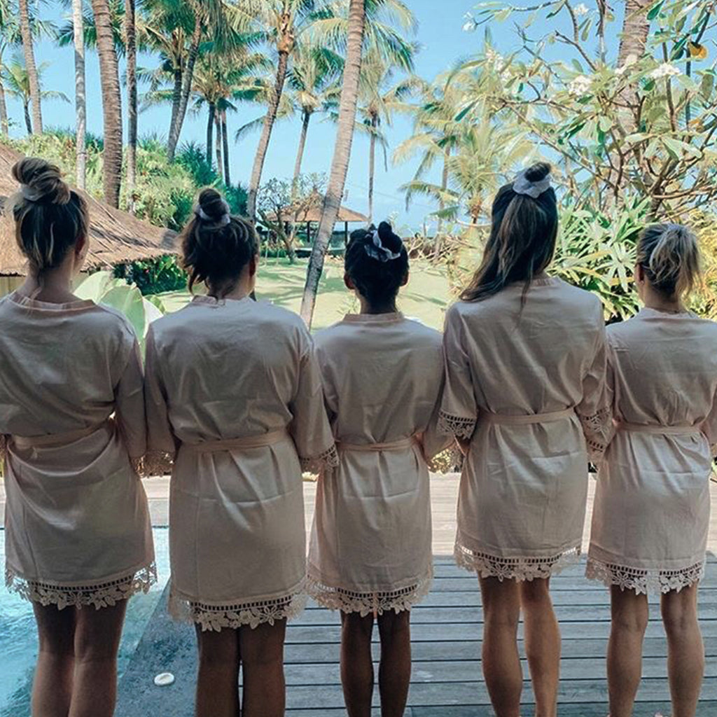 Bridesmaid Scrunchies Online Australia | Bridesmaids wearing matching scrunchies