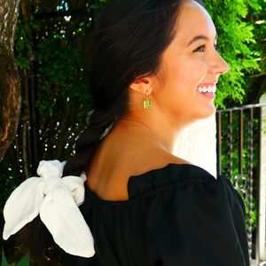 Homage To The Old World ~ Ivory Bow-Scrunchie