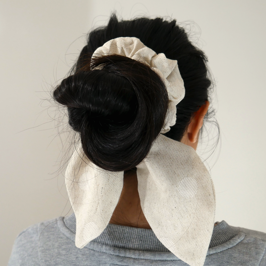 Oh My Darling ~ Bow-Scrunchie