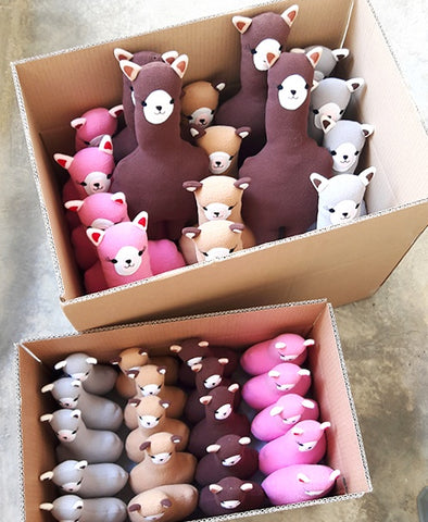 An army of alpacas!