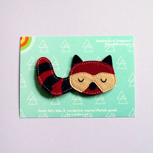 Felt Pin Brooch - Bandit Raccoon