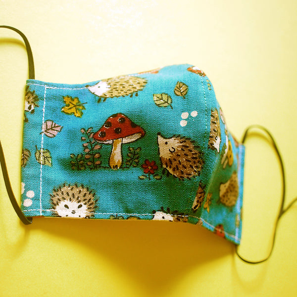 Face Mask (Pocket Insert) KIDS SIZE - Dark Woods Hedgehogs
