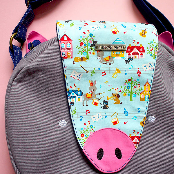 Crossbody Bag - Oink Oink Pig (Musicians of Breman) Blue