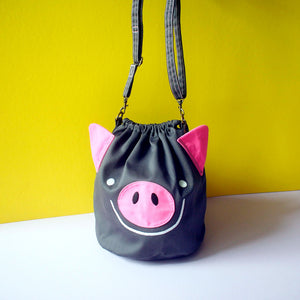 Crossbody Drawstring Bucket Sling Bag - Oink Oink Pig (Gray)