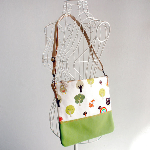Crossbody Zip Purse - Over The Rainbow (In The Woods)