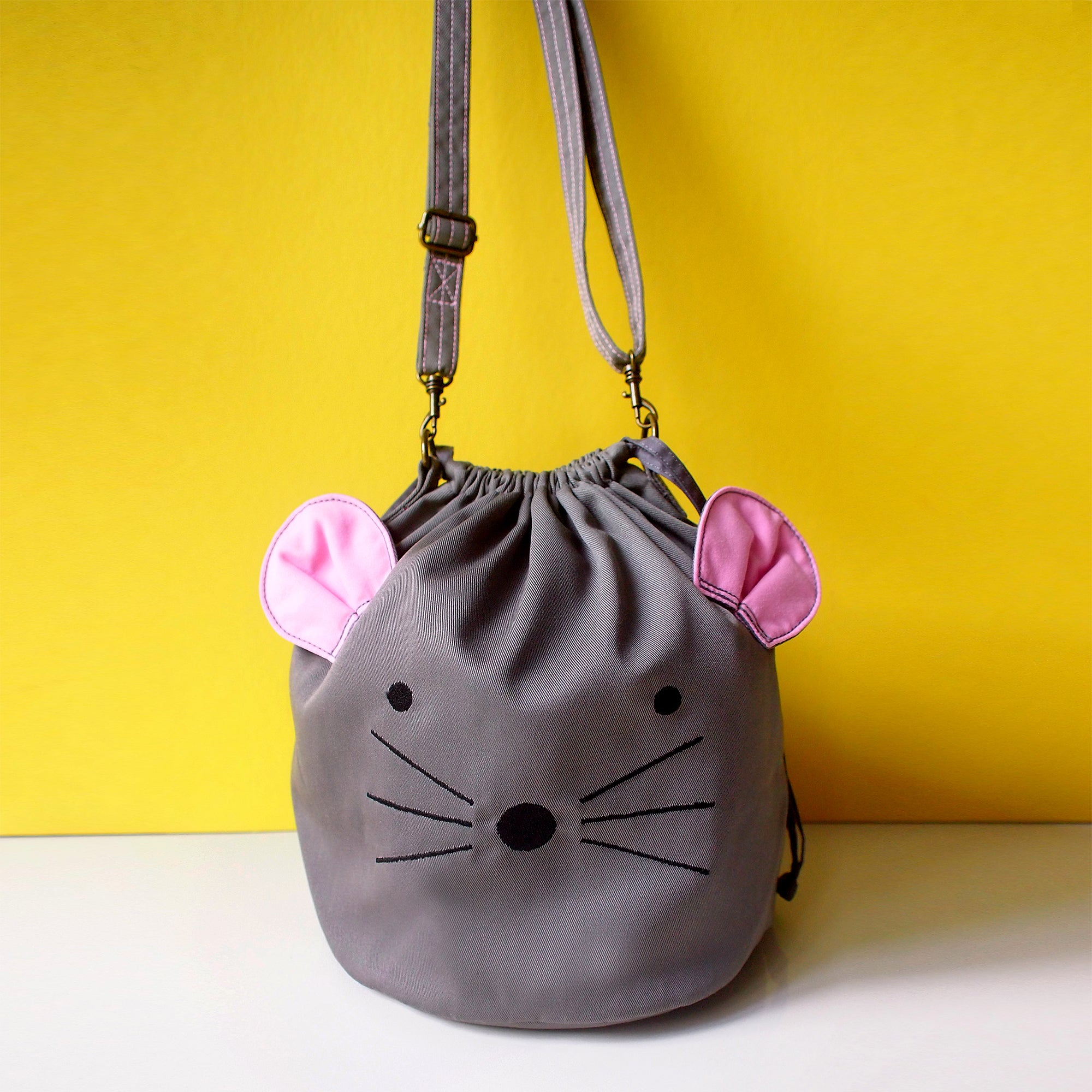 Crossbody Drawstring Bucket Sling Bag - Little Mouse (Gray)