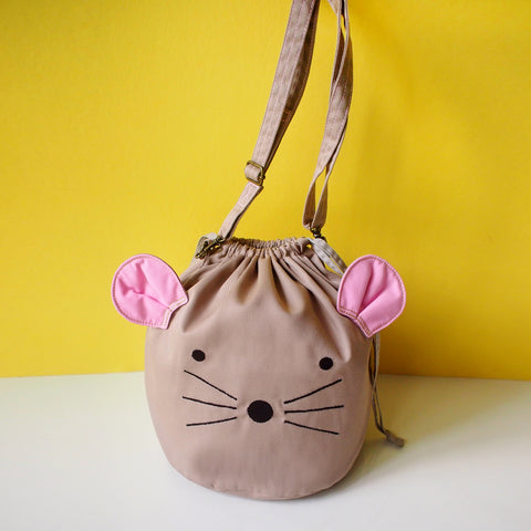 Crossbody Drawstring Bucket Sling Bag - Little Mouse (Beige)