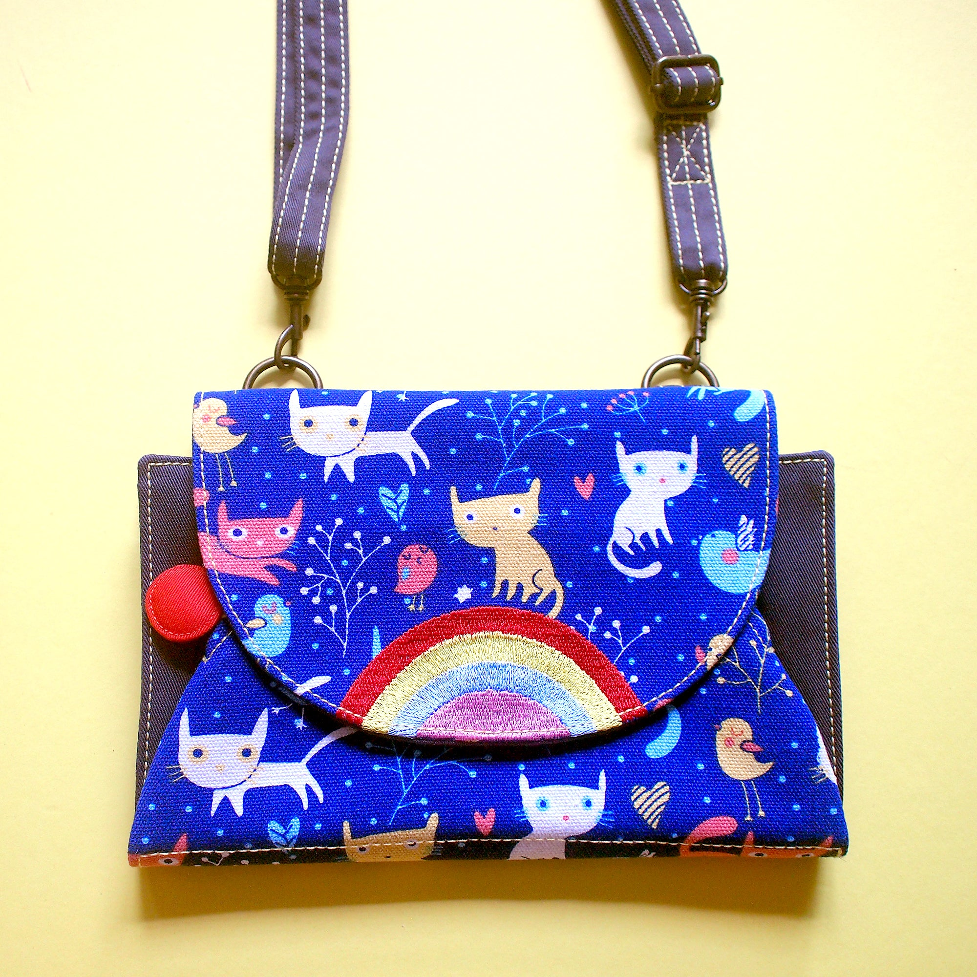 Crossbody-Clutch-Wallet - Over The Rainbow (Blue Space Cats)