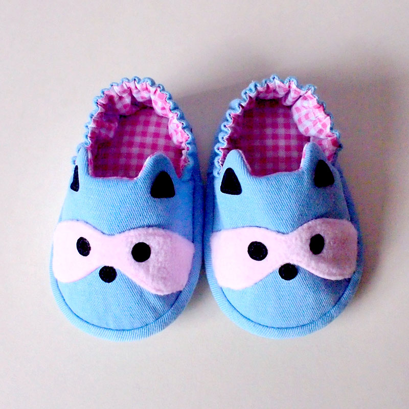 Baby Booties - Bandit Raccoon #03