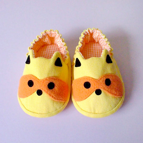 Baby Booties - Bandit Raccoon #06