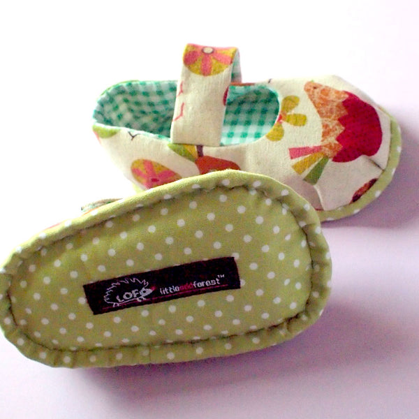 Baby Booties - MaryJanes (Nesting Bird)