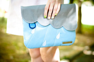 Clutch Purse - Cloudy Days (Gray Light Blue)