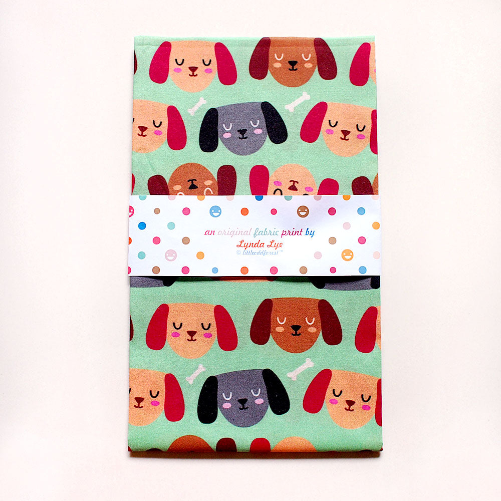 Fat Quarter Fabric - Dogs Love Bones