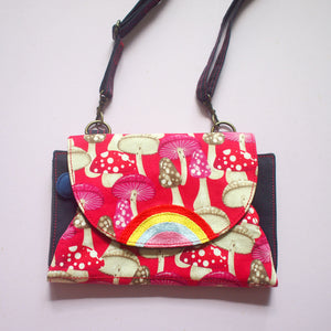Crossbody-Clutch-Wallet - Over The Rainbow (Red Mushrooms)