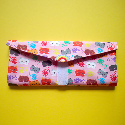 Utensils Pouch (2 Compartments) - Over The Rainbow (Cat Loves String) Pink