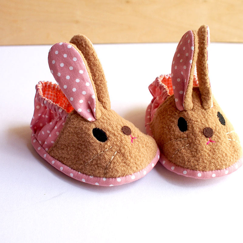 Baby Booties - Chubby Bunny #08 (2 Variants)