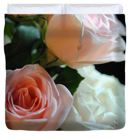 Pink And White Roses Bouquet - Duvet Cover