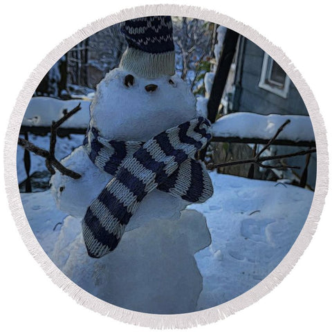 Snowman At My Table - Round Beach Towel